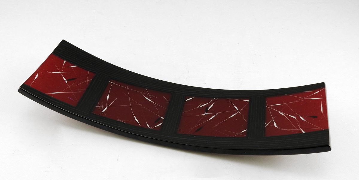 Tippa Plate/Black & R...