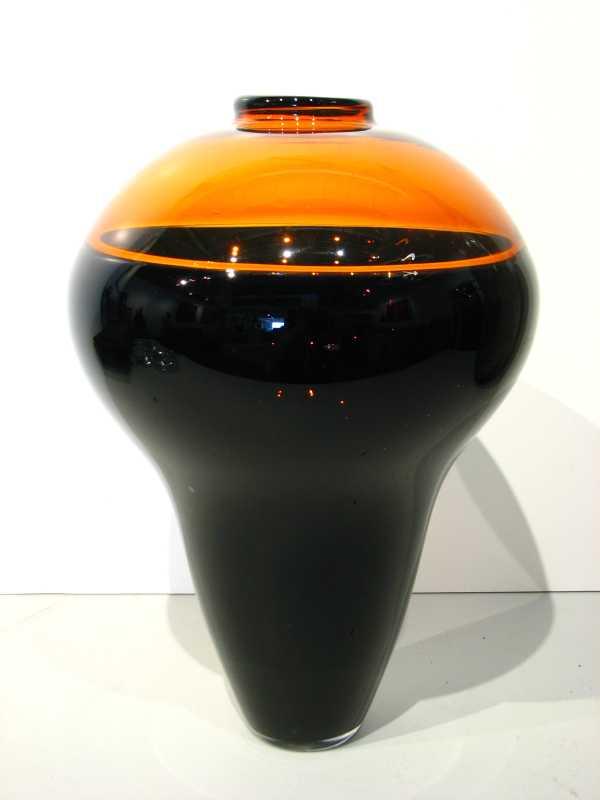 Enclamo Vase with Amb... by  Jason Minami - Masterpiece Online