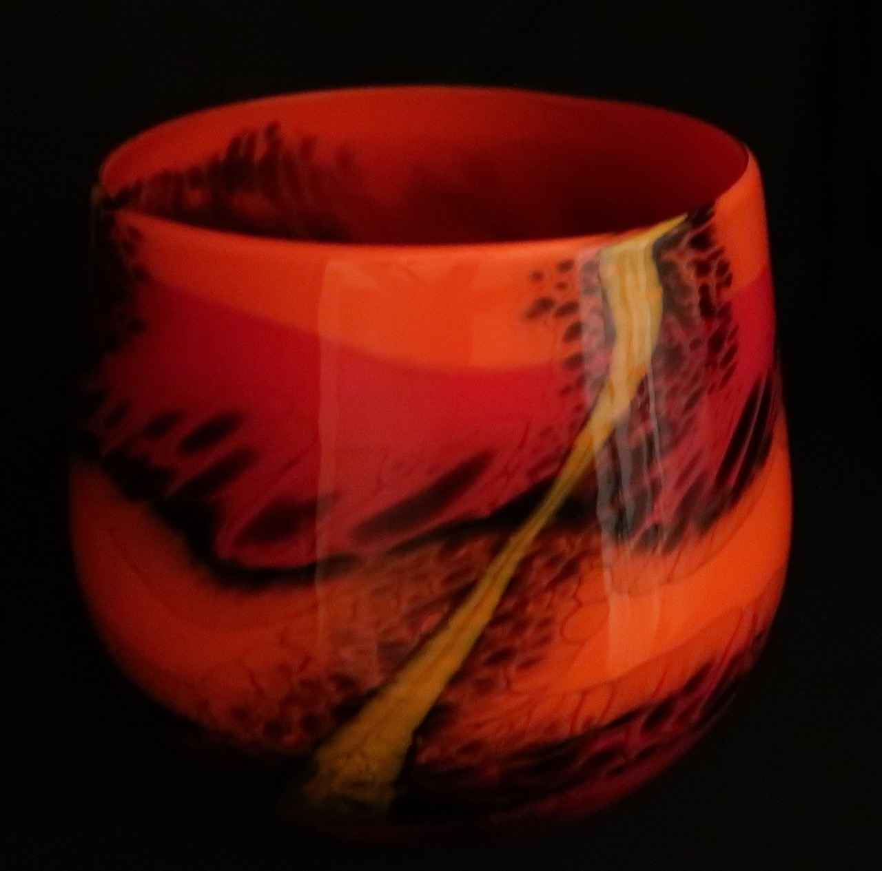 Volcano Calabash by  Hugh Jenkins & Stephanie Ross - Masterpiece Online