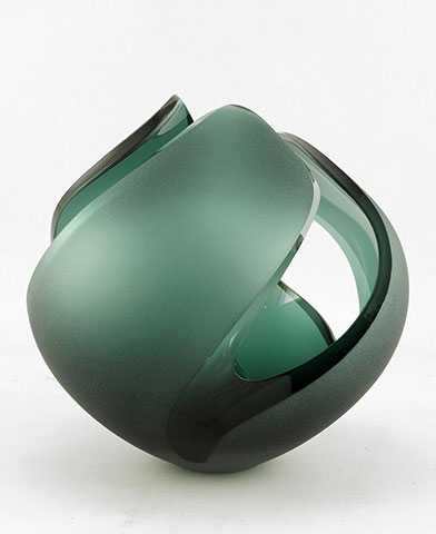 Vessel/Small by  Zachary Yuskanich - Masterpiece Online