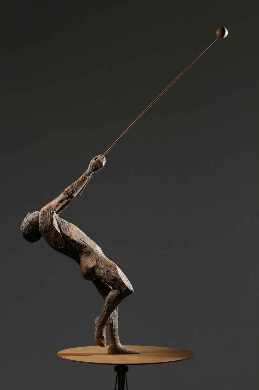 HOMBRE BALA by MR. MAX LEIVA - Masterpiece Online