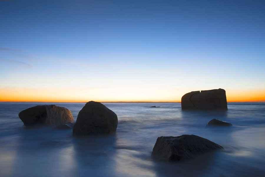 Split Rock Makonikey,... by  Alison Shaw - Masterpiece Online