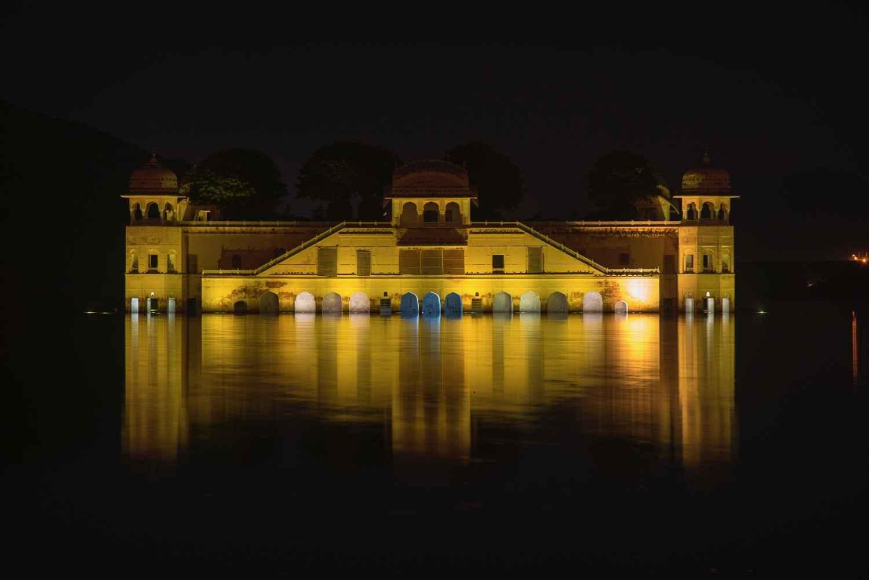 Le Jal Mahal, Jaipur by M. Gilbert BADAF - Masterpiece Online