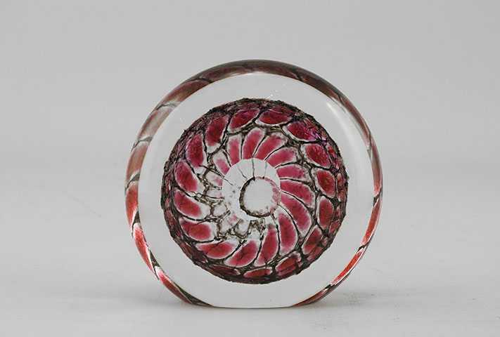 Paperweight/Red Disk by  Thomas Philabaum - Masterpiece Online