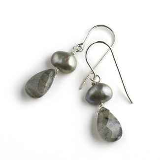 Salon Earrings Freshwater Pearls and Labradorite, 1