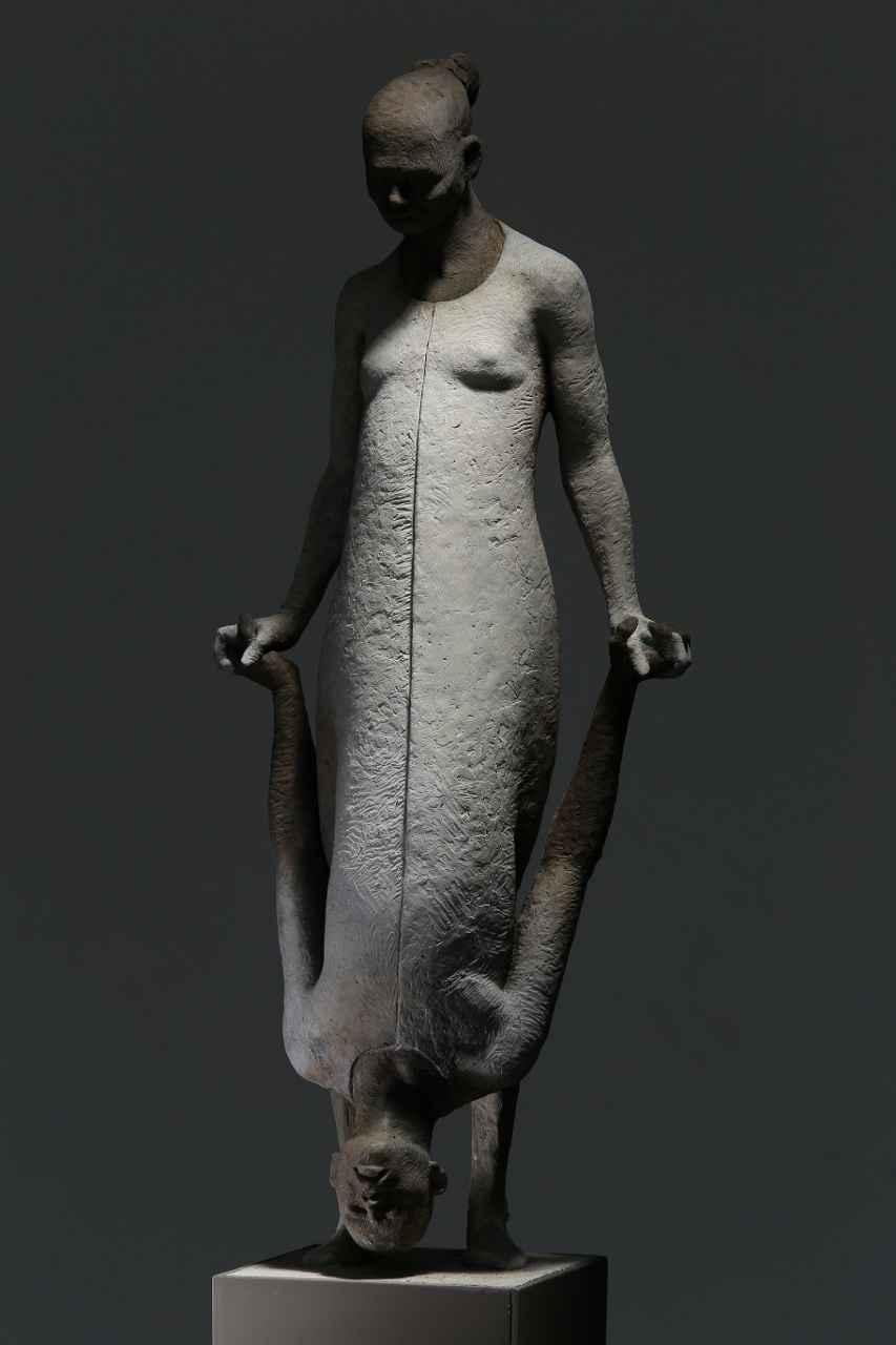 NEXUS by MR. MAX LEIVA - Masterpiece Online