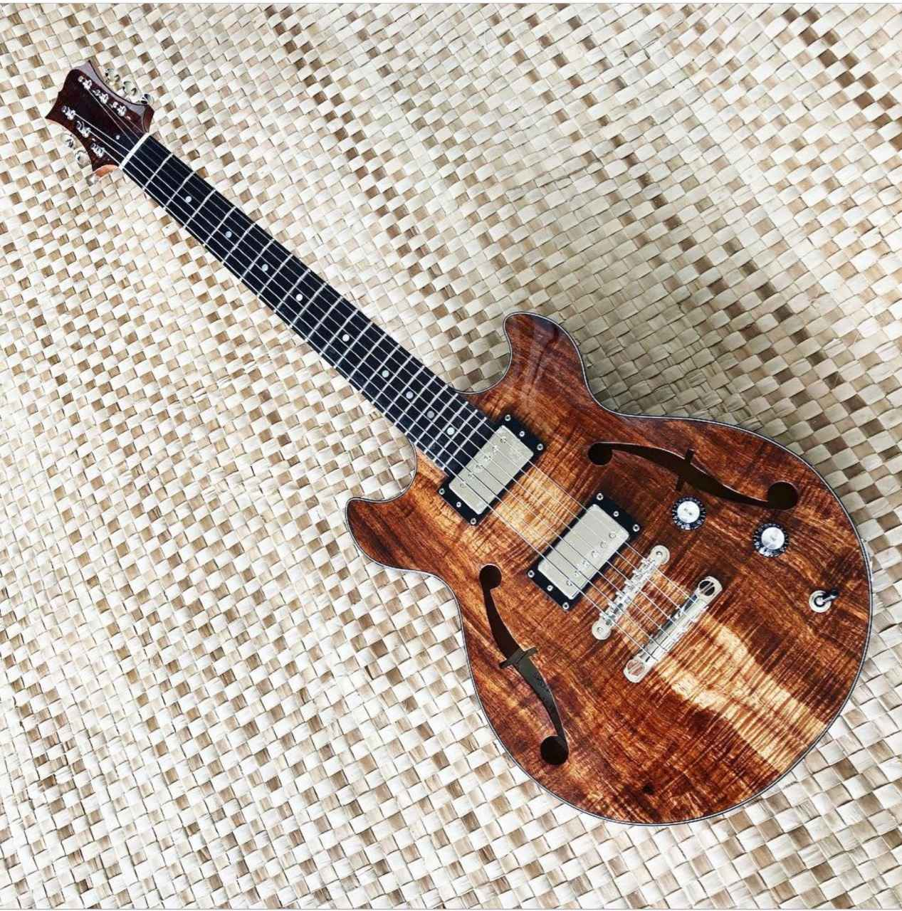 Electric Guitar_HWG20... by  Woodley White - Masterpiece Online