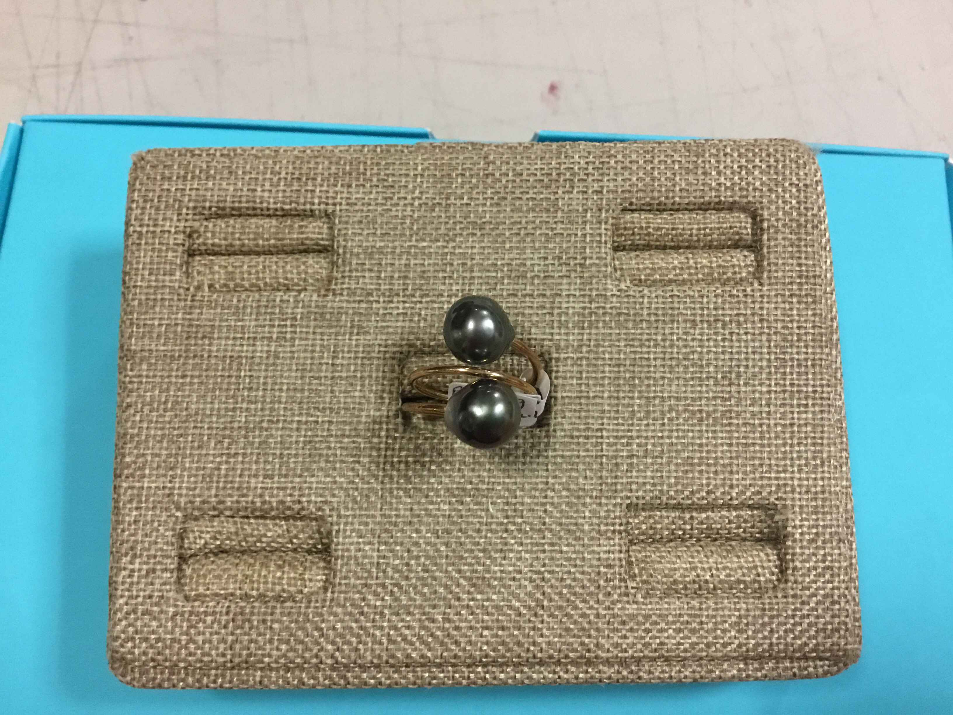 PP4929 Tahitian Pearl... by  Pat PEARLMAN - Masterpiece Online