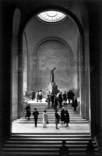 Winged Victory at the... by  Alfred Eisenstaedt - Masterpiece Online