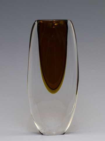 Vase/Med Bronze by  Jesse Reece - Masterpiece Online