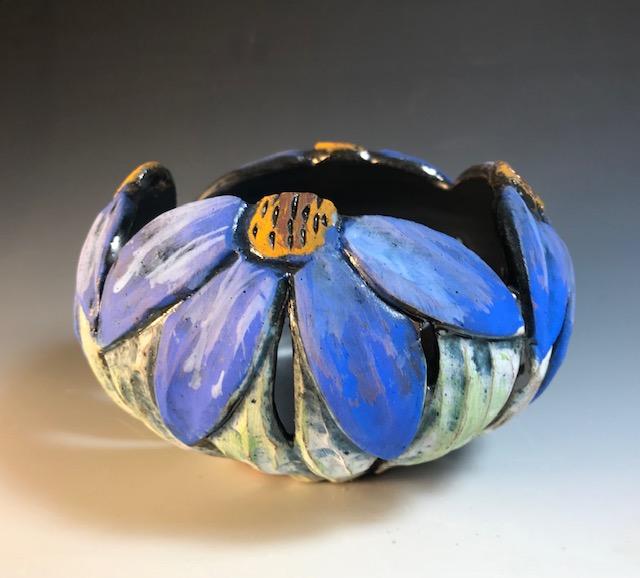 Blue Rim Flower Rim Bowl