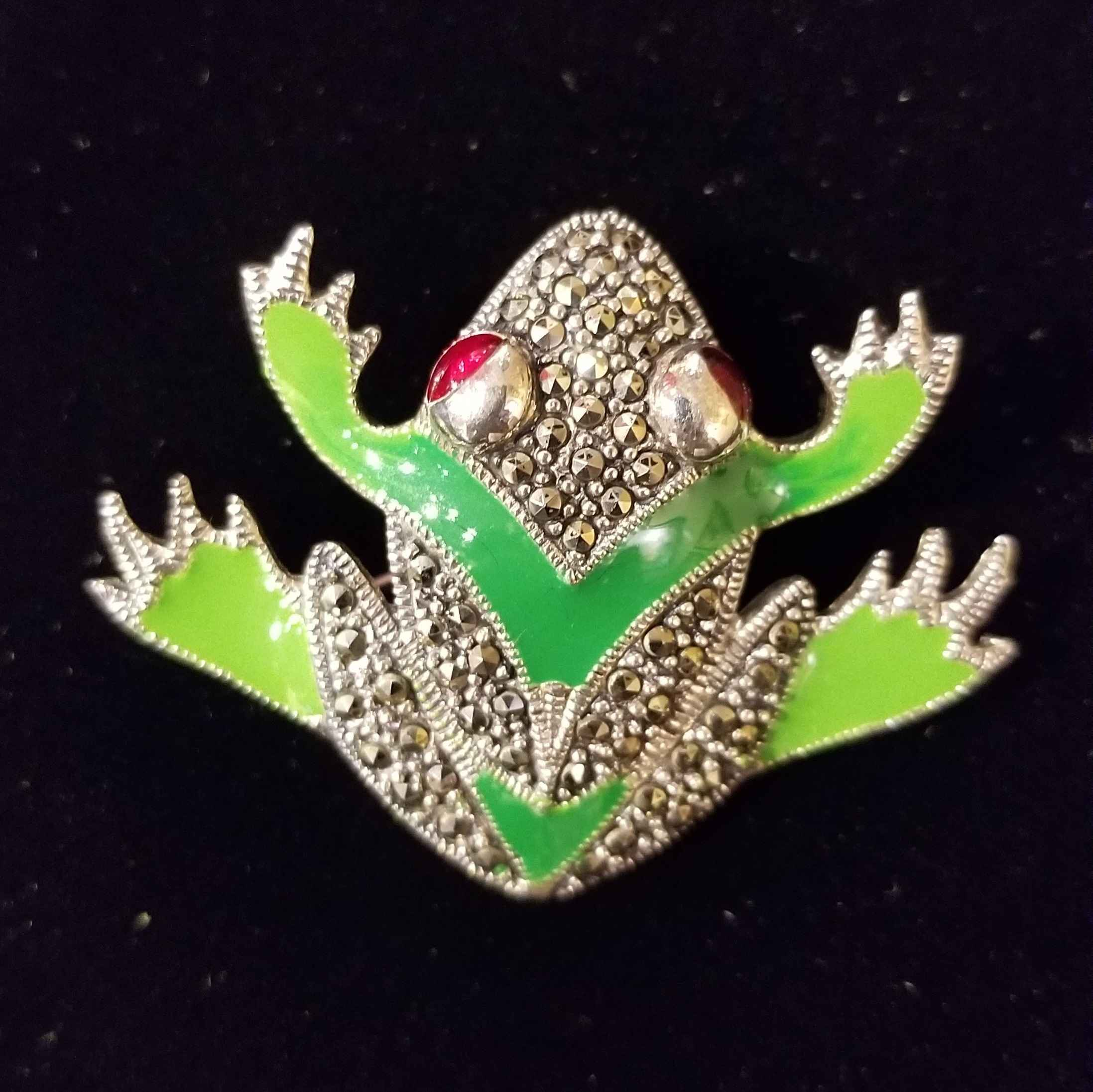Pin - Frog w/Ruby Eyes by  Gallery Pieces - Masterpiece Online