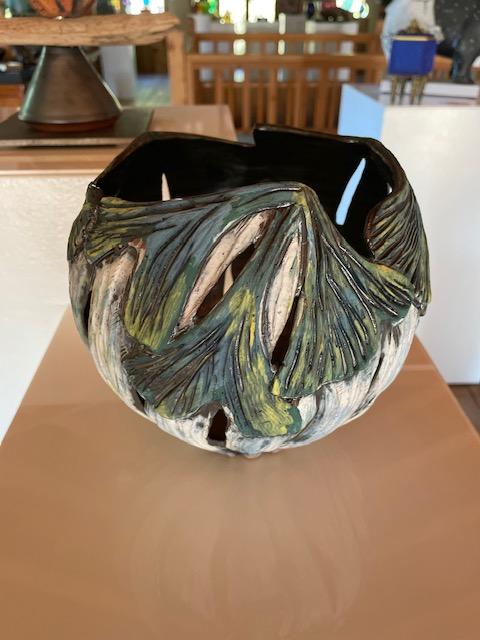 Ginkgo Leaf Rim Bowl