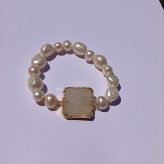 White Pearl and Druzy Bracelet