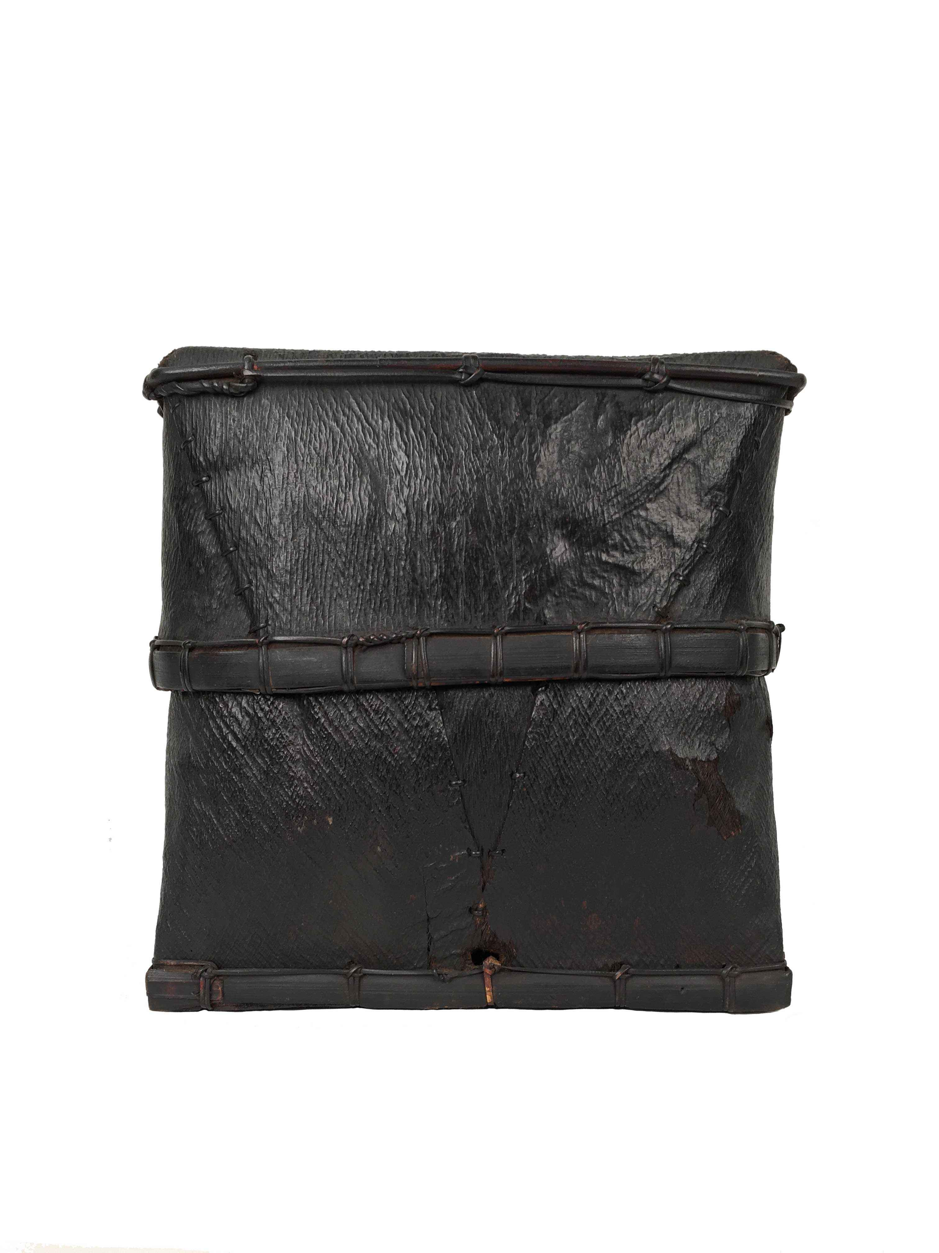 BORNEO BARK BOX by    - Masterpiece Online