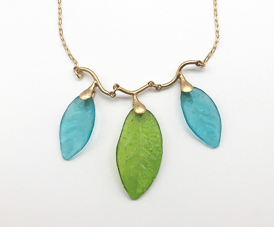 3 Leaf Necklace 17