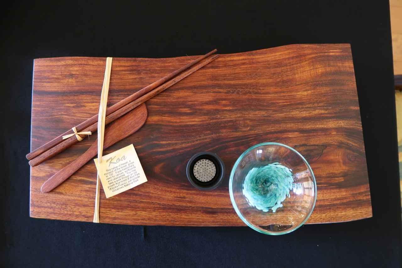 Koa Natural Edge Plat... by Mr. & Mrs. David & Doni Reisland - Masterpiece Online