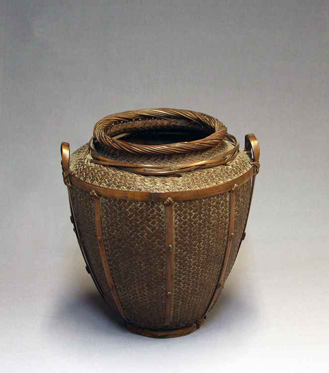 Untitled flower basket  by  Chikudo Kosuge