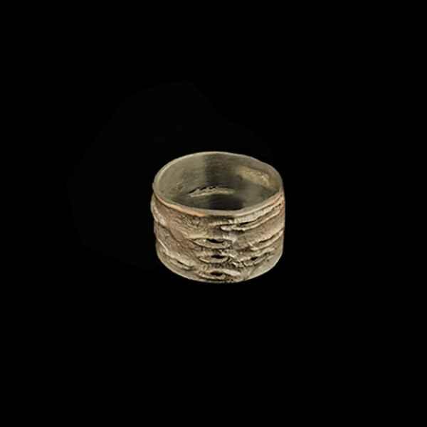 Birch Bark Medium Ring - Size 8