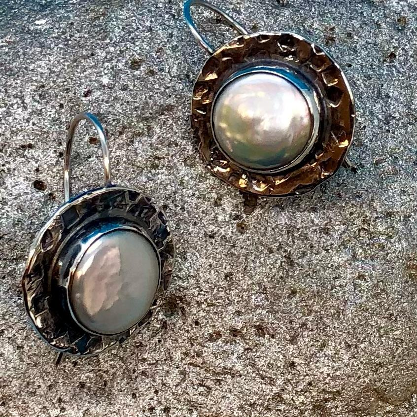 White Coin Pearl Hammered Earrings
