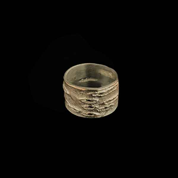 Birch Bark Medium Ring - Size 9