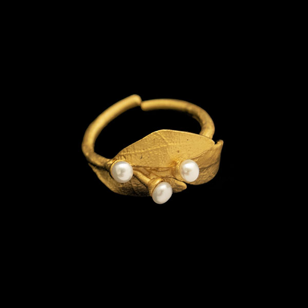 Bay Laurel w/Pearl - Adjustable Ring
