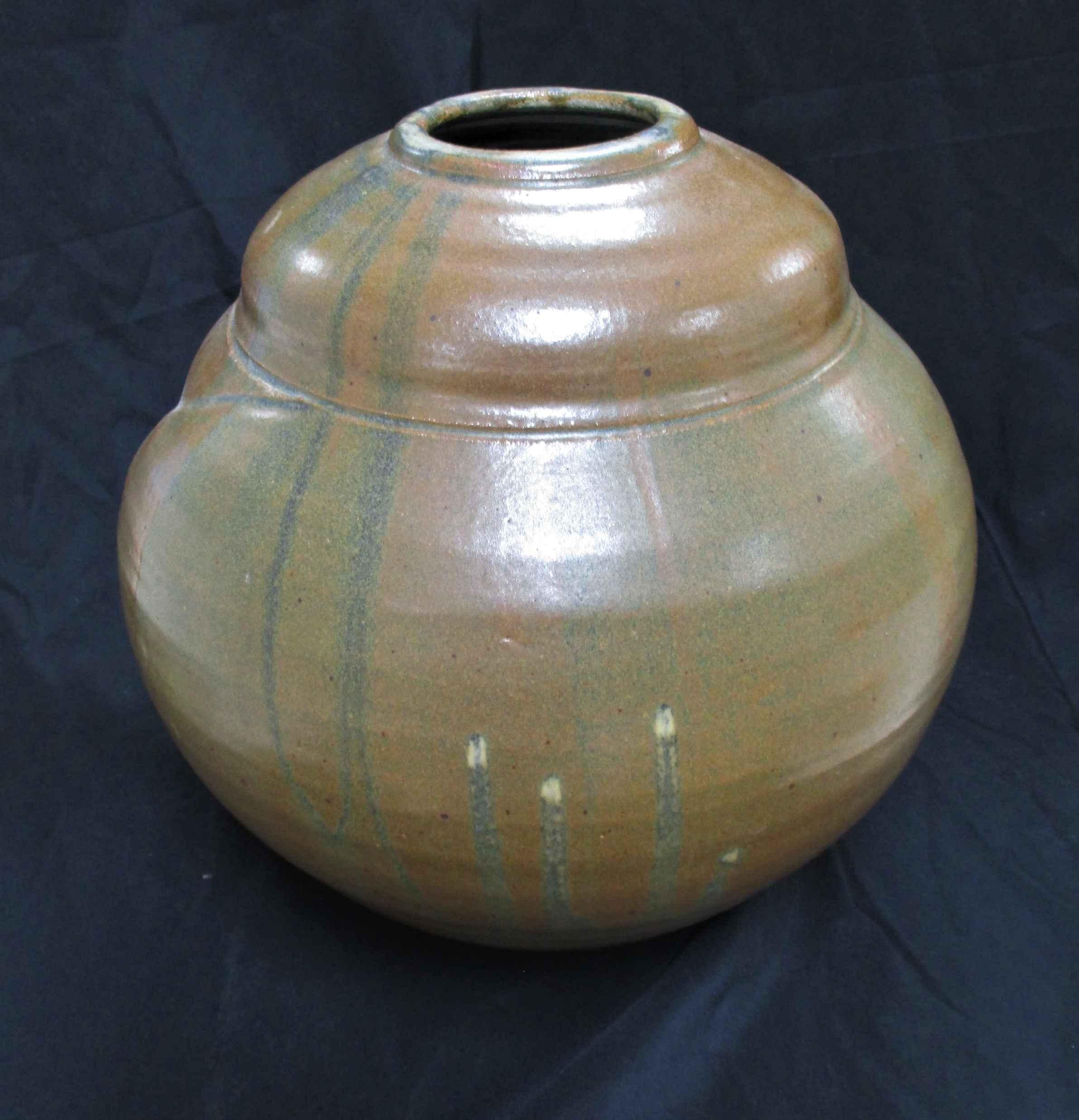 Unknown (Swirl Pot) by   Martin - Masterpiece Online