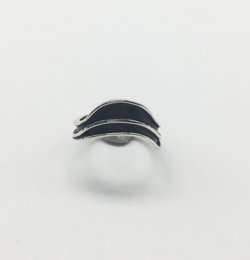 Flat Wave Ring in Silver