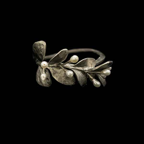 Boxwood Napkin Rings, Pewter