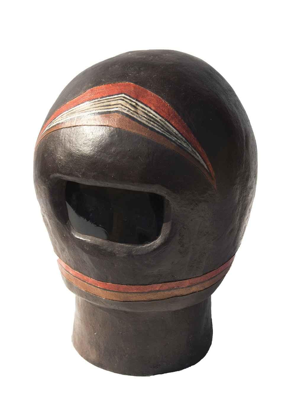 Helmet   (14c) represented  by  Helen Post