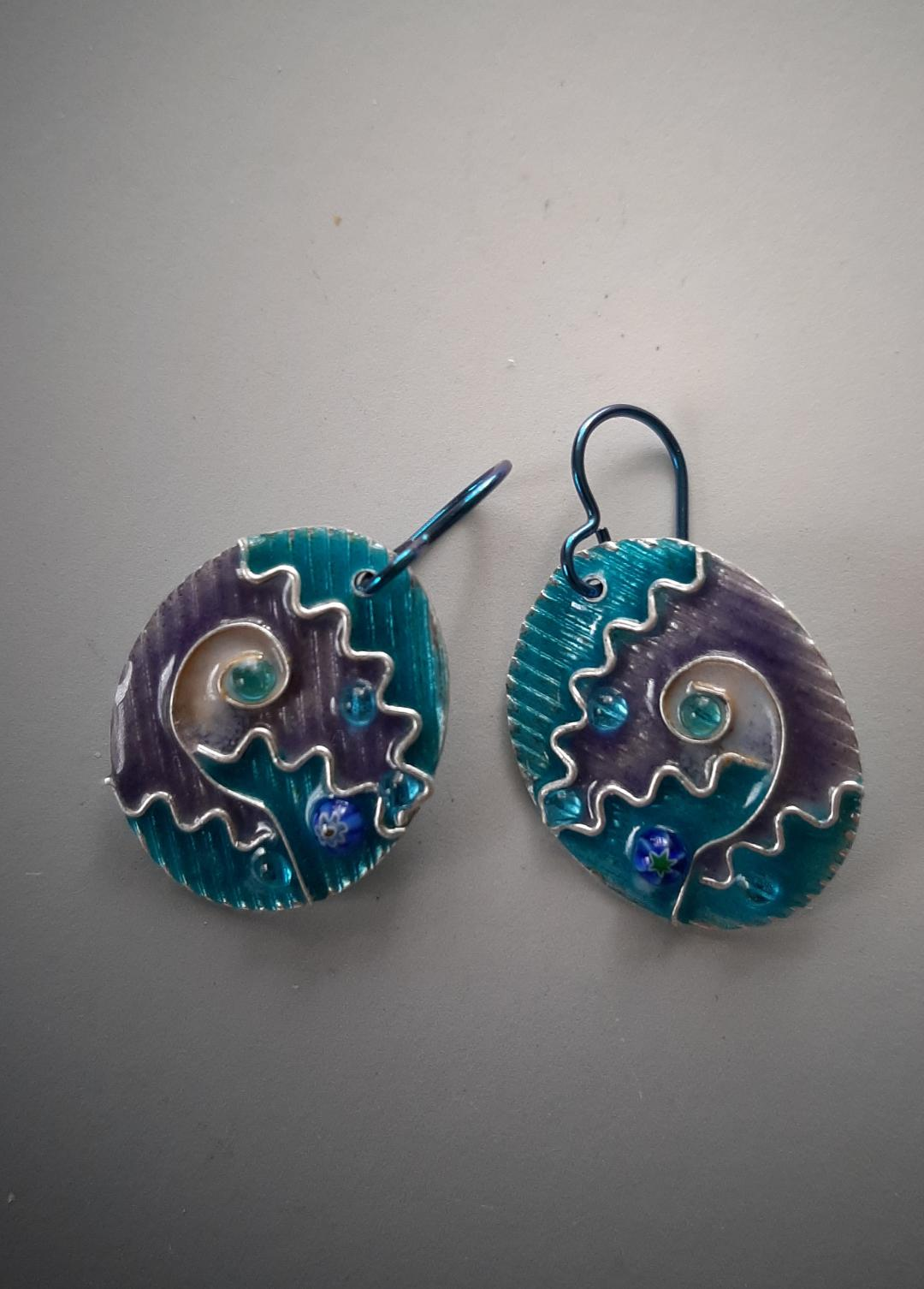 Fine Silver Oval Earrings in Cloisonné with Niobium Hooks