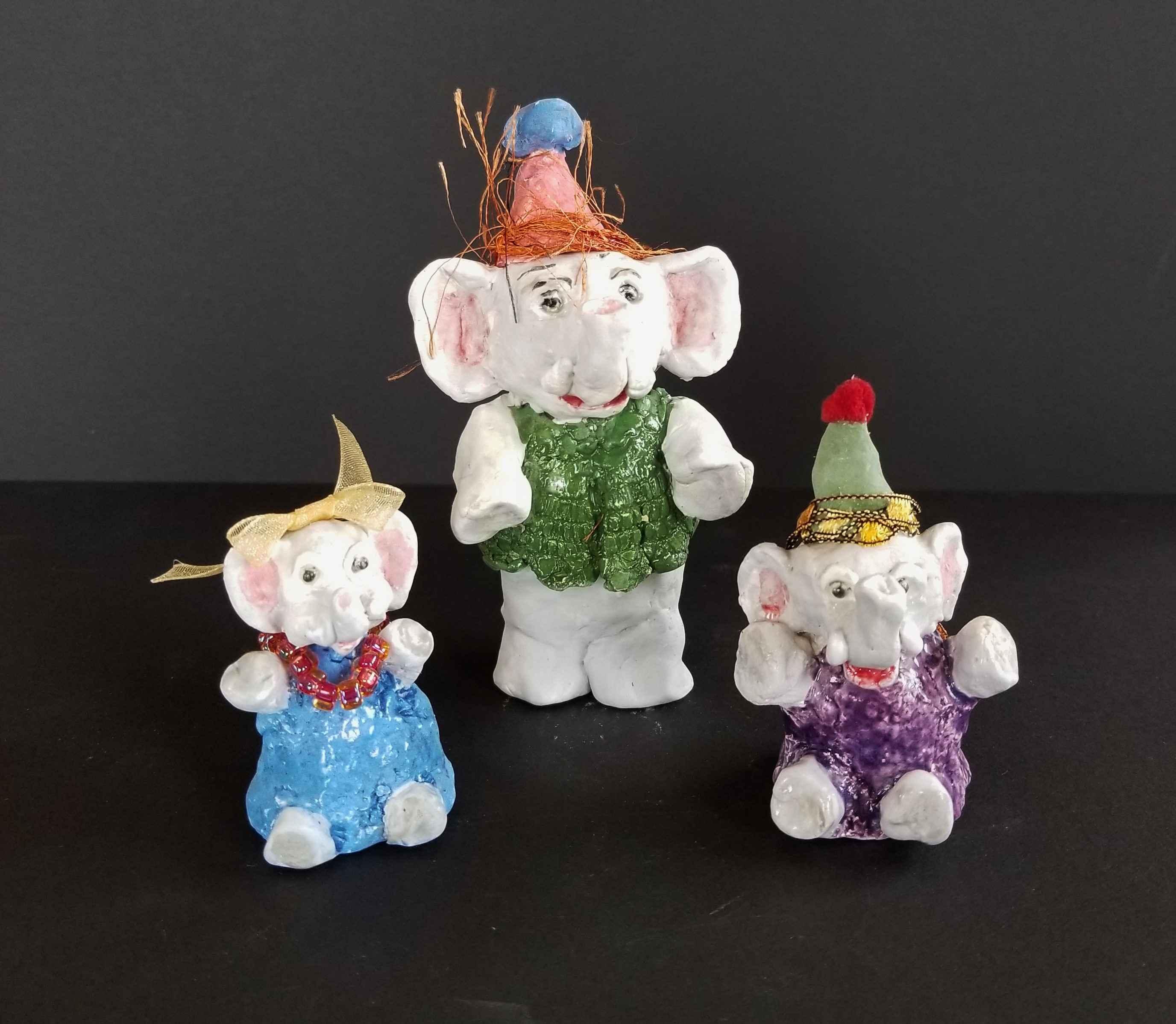 Elephant Family (Set ... by Ms. Darlene Wesenberg Rzezotarski - Masterpiece Online
