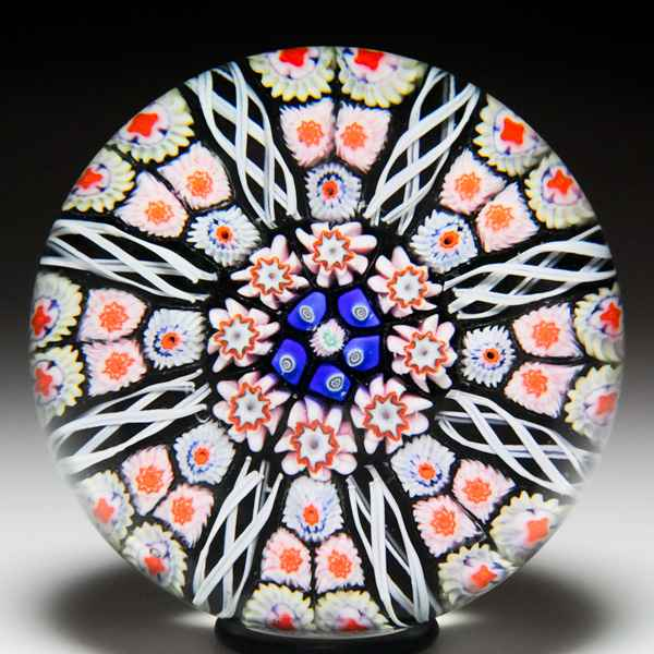 Strathearn radial spo... by  Strathearn Glass  - Masterpiece Online