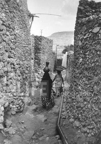 Women carrying calaba... by  Alfred Eisenstaedt - Masterpiece Online