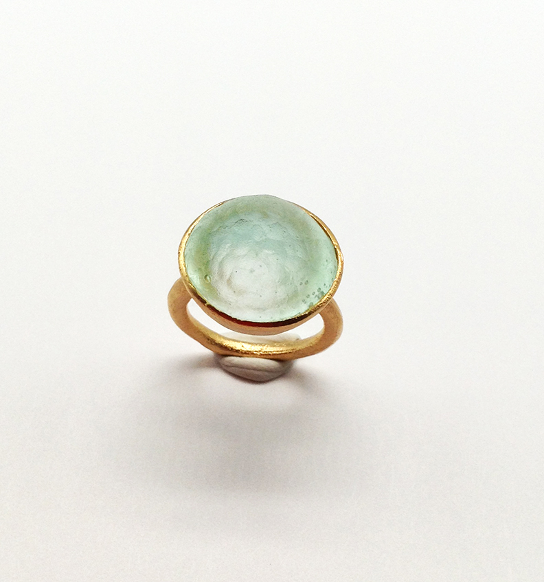 Sol-Single Stone Ring in Ice Size 5.5