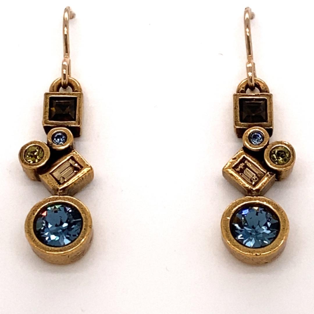 Cassie Earrings in Gold, Cascade