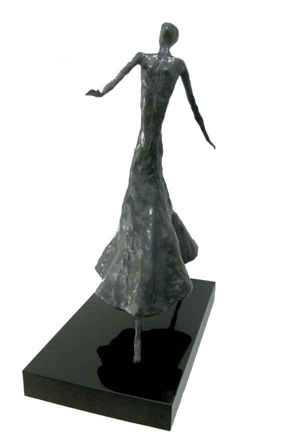 Strolling Lady by  Don Wilks - Masterpiece Online