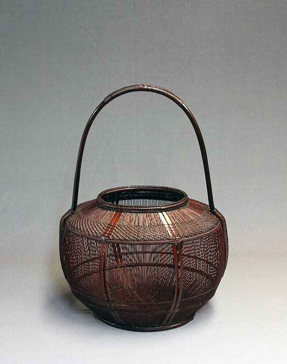 Oval Shaped Flower Ba...  by  Chikubosai II Maeda