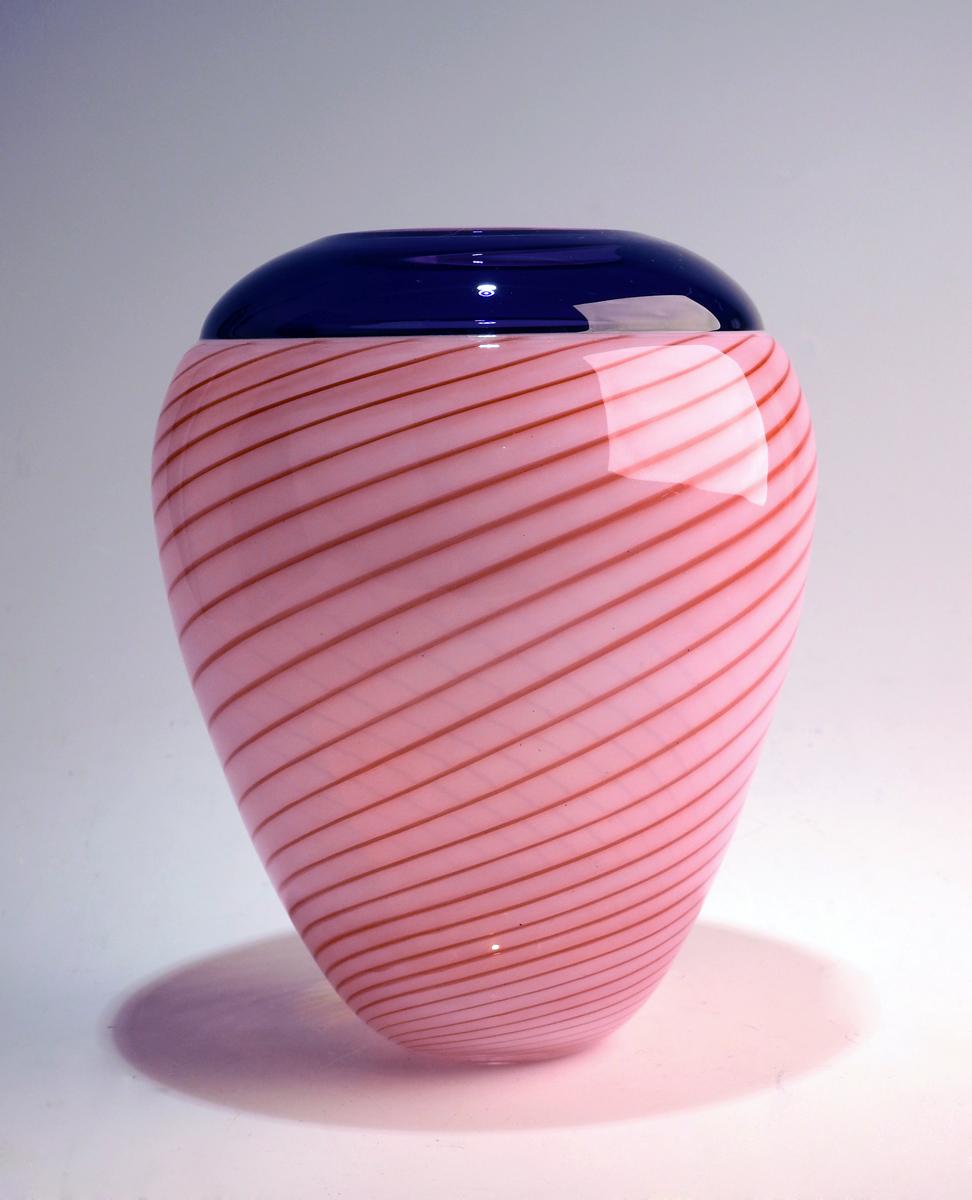 Purdy Pot/Apricot w/H... by  Mark Leputa - Masterpiece Online