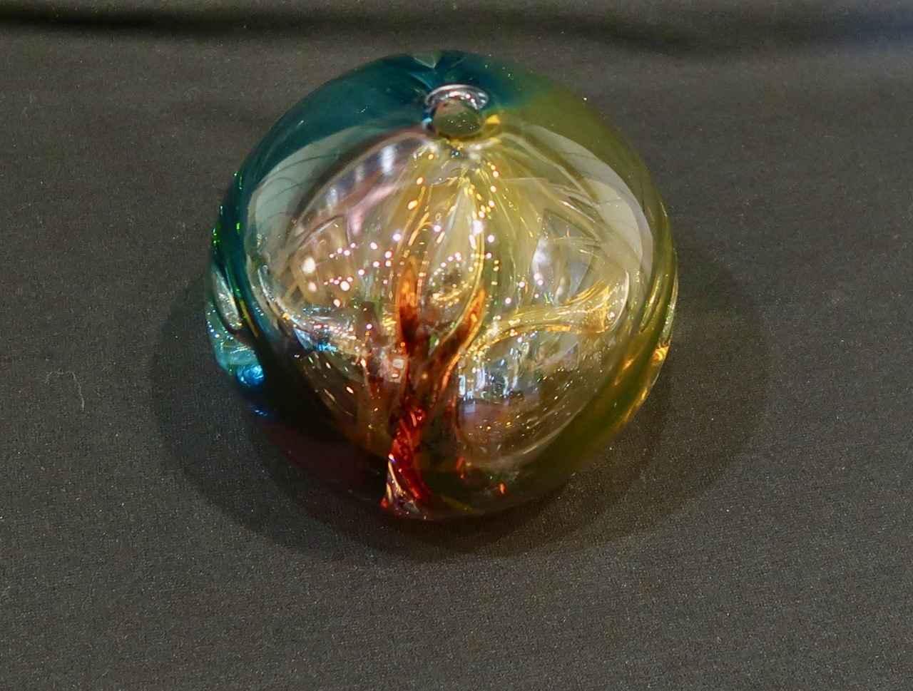 Tricolor Spheres by  Hugh Jenkins & Stephanie Ross - Masterpiece Online