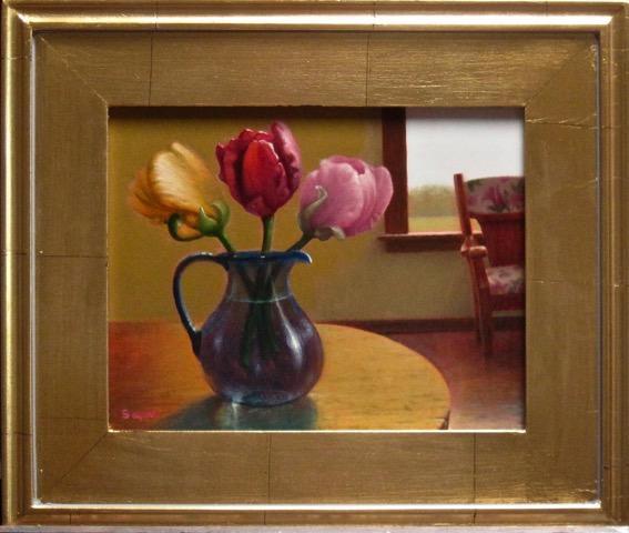 Tulip Trio Interior with Chair