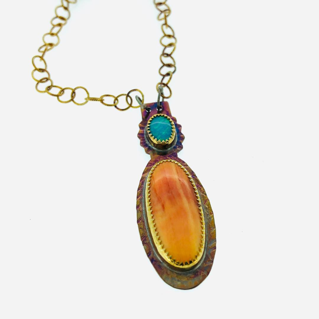 """Opal and Spinet Oyster Necklace, length 20"""""""
