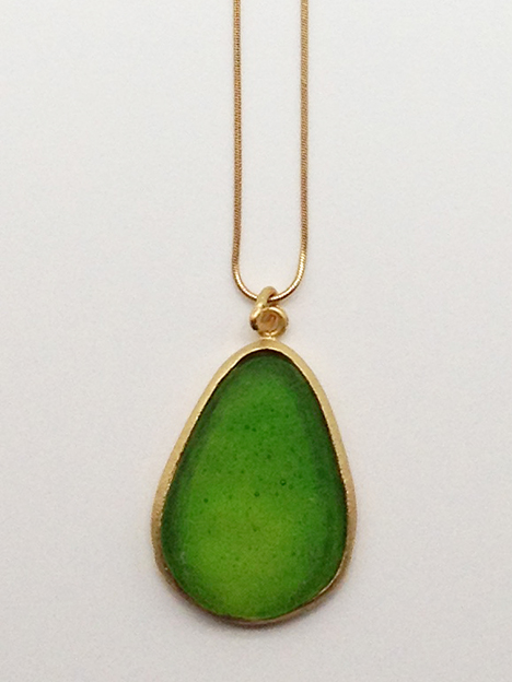 Large Pear Shape Pendant in Leaf Green