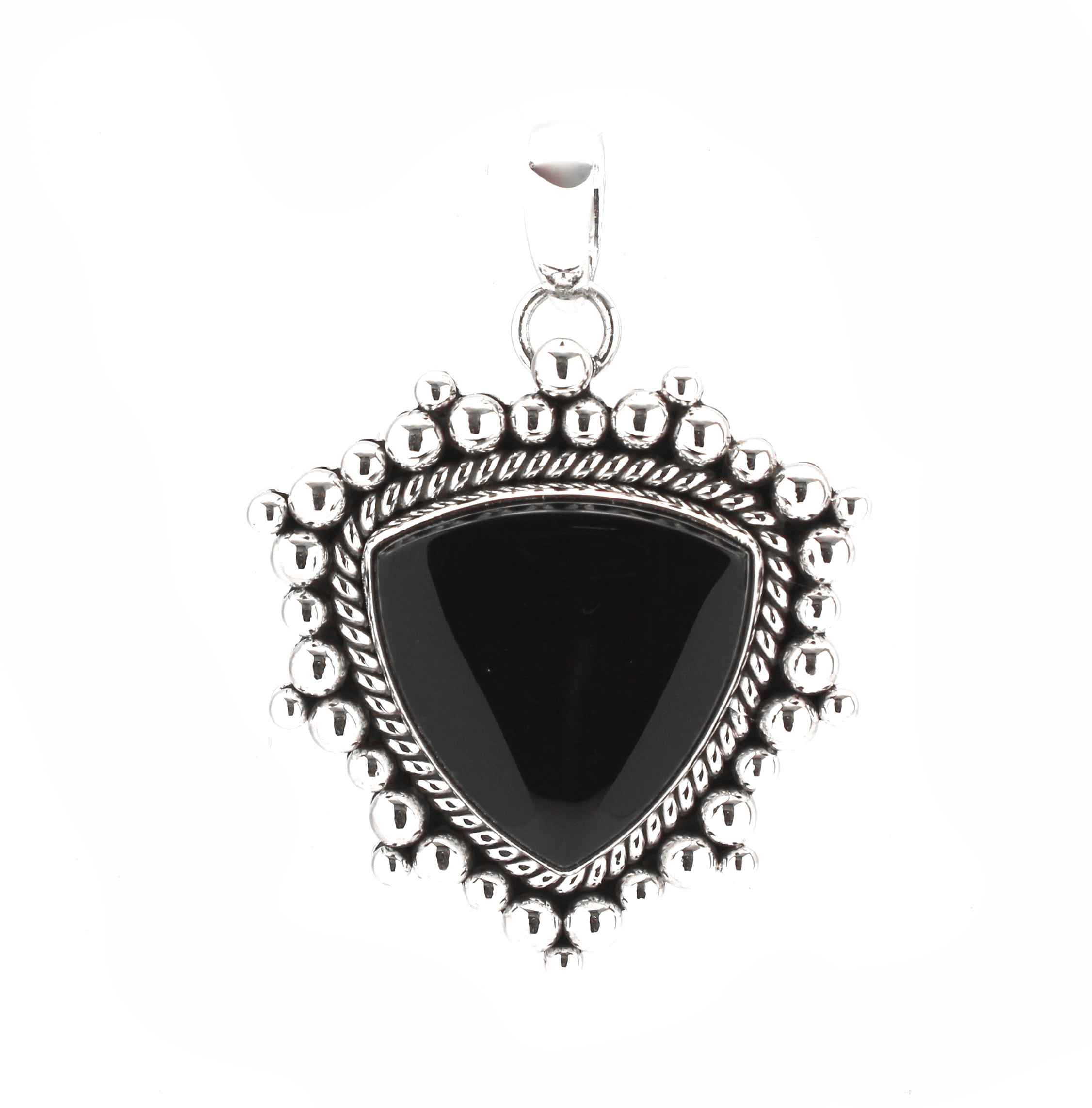 accent en bee chic black pendant diamond with onyx birks gold