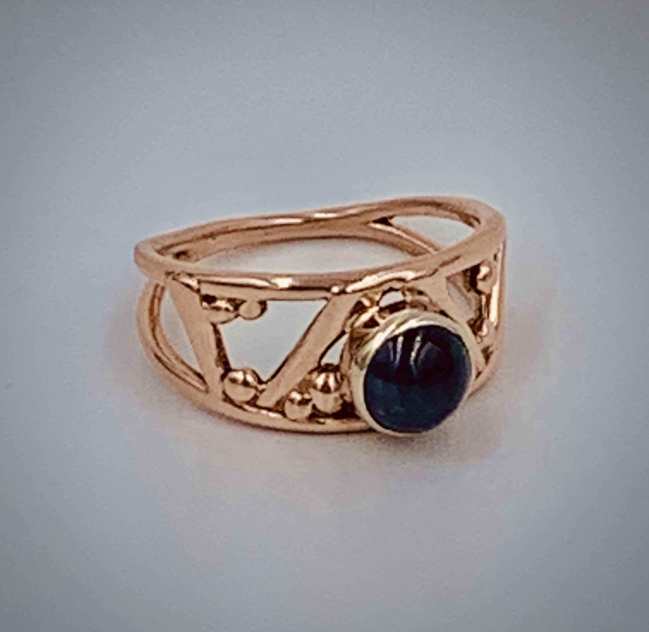 Rose Gold Sapphire Ring Size 6