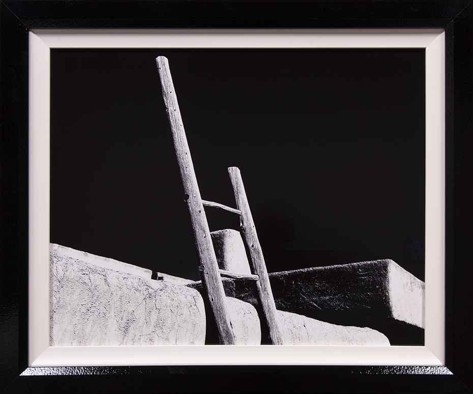 Pueblo de Taos by Peter Kopecek